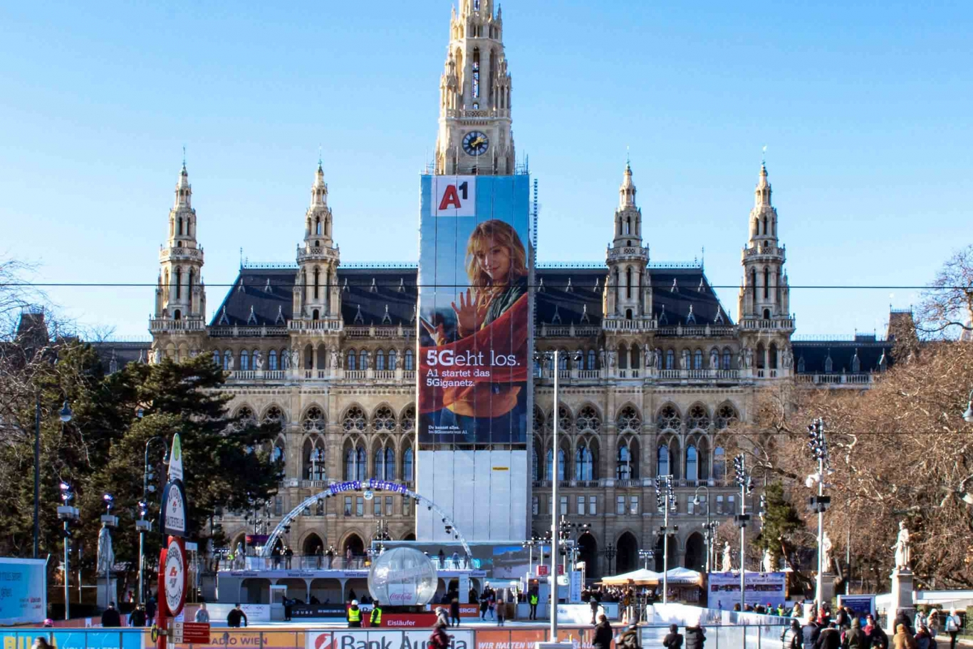 Großflächenwerbung A1 MEGAgerüst Wiener Rathaus