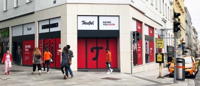 Shopbeklebung Teufel Store Fensterfront