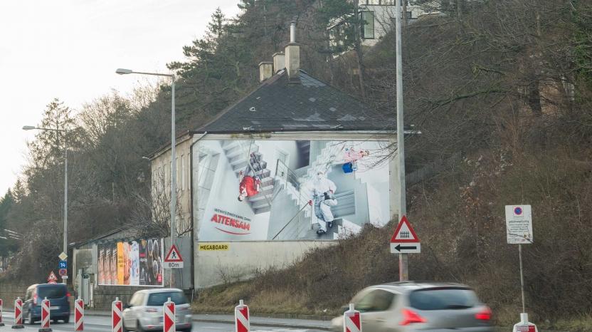 Attensam Fassadenwerbung Heiligenstädterstraße