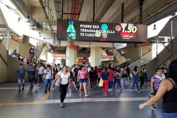 pantallas digitales publicidad metro