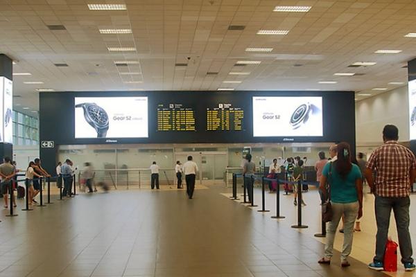 samsung Gear S2 publicidad aeropuerto